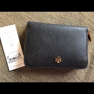 NWT Authentic Tory Burch Black Gold Mini Wallet